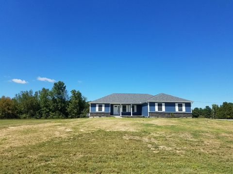 Photo of 148 Itawamba Dr, Jackson Township, OH 45171