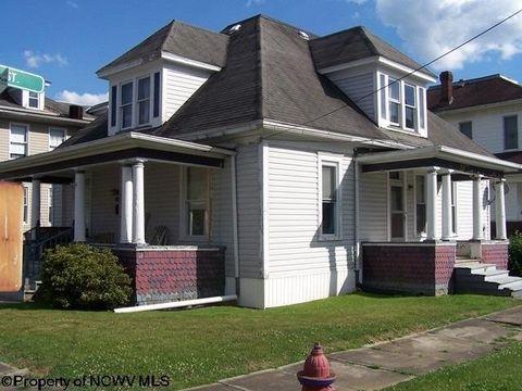 Photo of 300 Pleasant St, Mannington, WV 26582