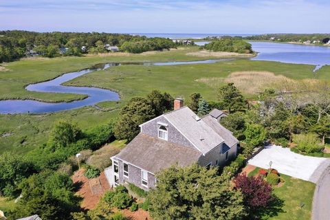 Photo of 27 Youngs Farm Ln, Chatham, MA 02633