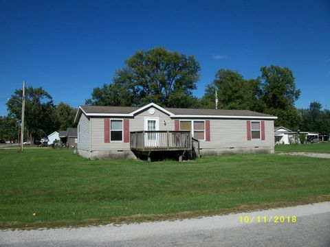 301 Church St, Toledo, IL 62468