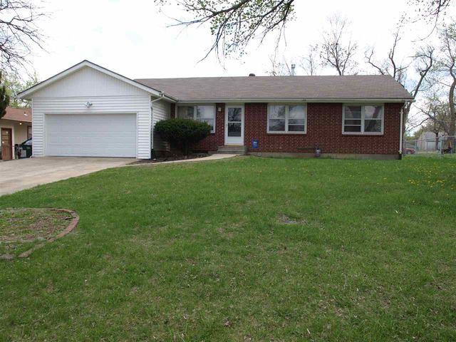 2013 Se 35th St, Topeka, KS 66605 - Home For Sale and Real Estate ...