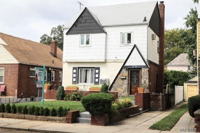 11520 223rd St, Cambria Heights, NY 11411