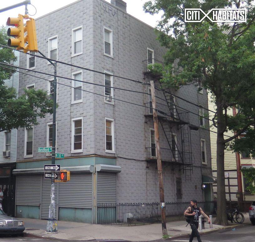 126 Bedford Ave, Brooklyn, NY 11249