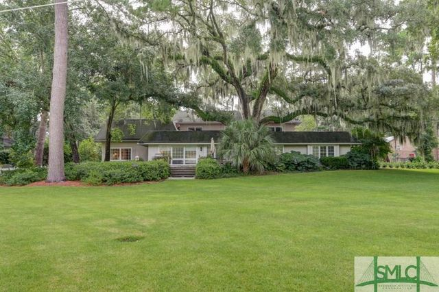 7 country club dr savannah ga 31410 for Country homes in georgia