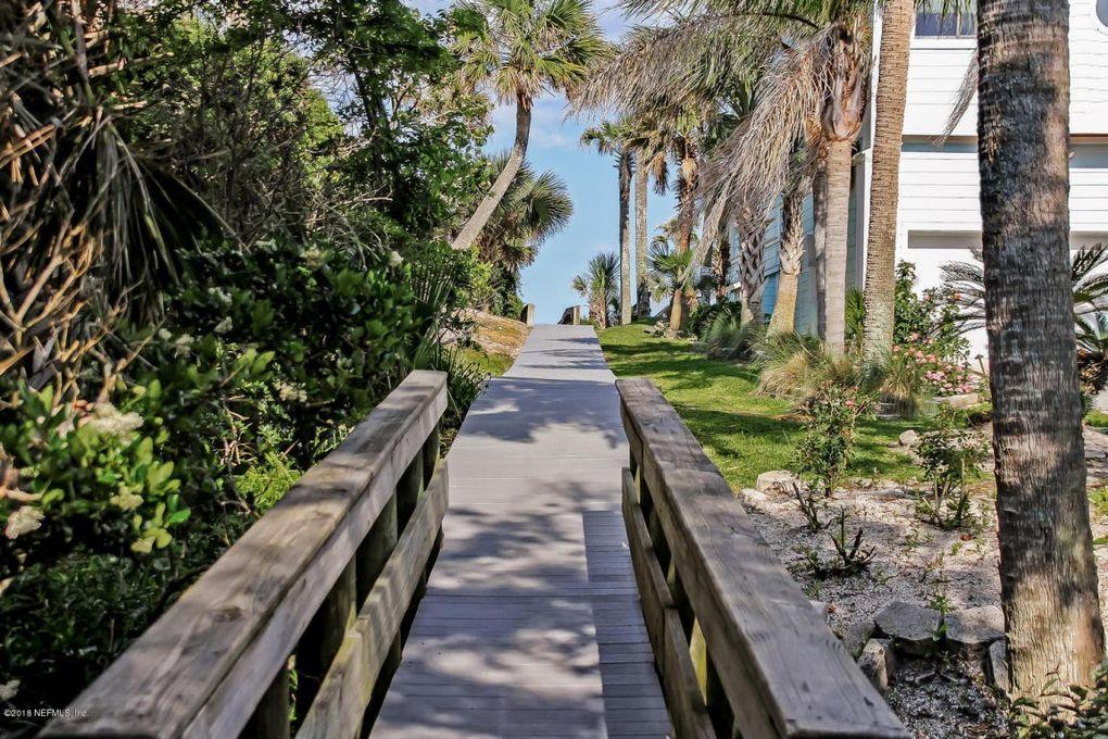 2238 Beachcomber Trl Atlantic Beach, FL 32233