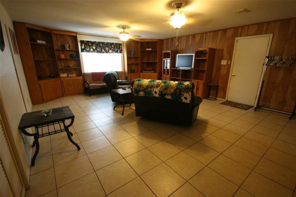 1104 Avenue C, Sweeny, TX 77480