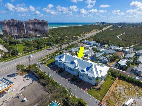 106 Ocean Breeze Dr, Juno Beach, FL 33408
