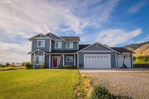 61083 Longview Ln, Cove, OR 97824