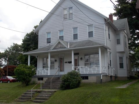 Photo of 826 Center St, Jim Thorpe, PA 18229