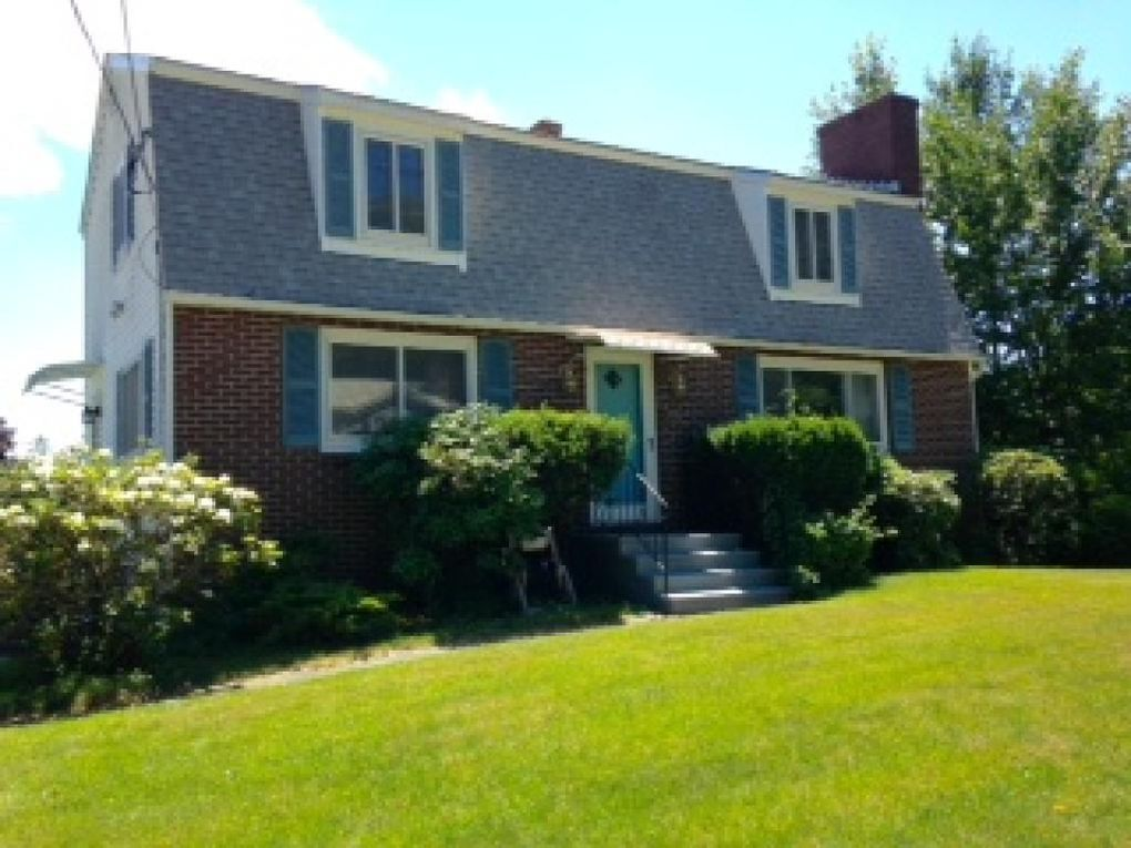 95 Mooresville Rd, Manchester, NH 03103