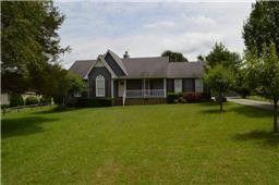 101 Wendell Ct, Tullahoma, TN 37388