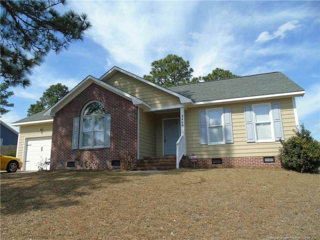 3406 Masters Dr, Hope Mills, NC 28348