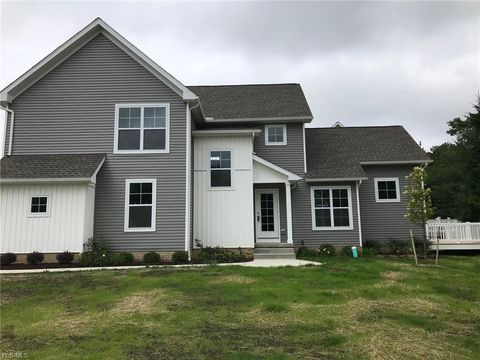 Photo of 2633 Archer Ct, Broadview Heights, OH 44147