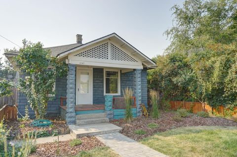 Photo of 1049 S 1st St W, Missoula, MT 59801