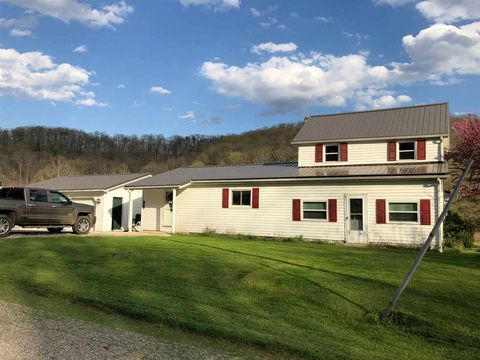 5086 Five Mile Rd, Gallipolis Ferry, WV 25123