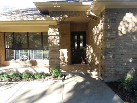 4008 Snow Creek Dr Fort Worth TX 76008
