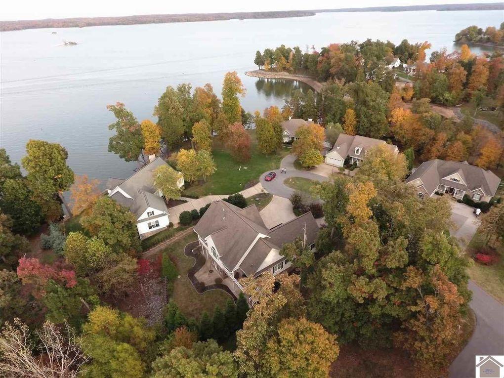710 Gull Harbor Ln, Grand Rivers, KY 42045