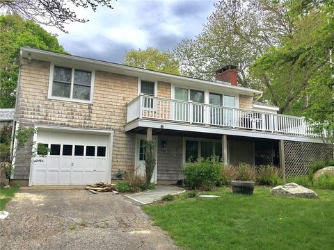Photo of 42 Slope Ave, South Kingstown, RI 02879