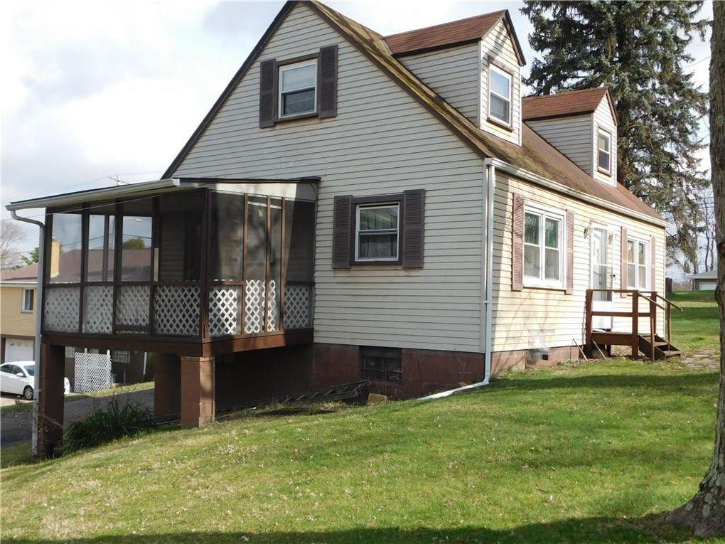 110 Aster St, Penn Hills, PA 15235