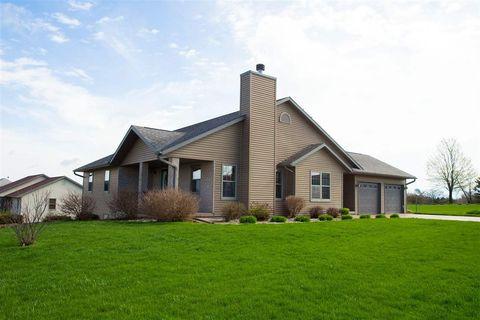 400 Pioneer Rd E, Platteville, WI 53818