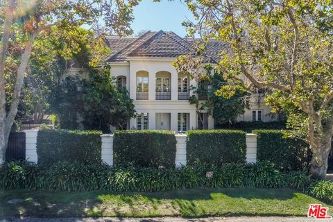 Photo of 3901 Longridge Ave, Sherman Oaks, CA 91423