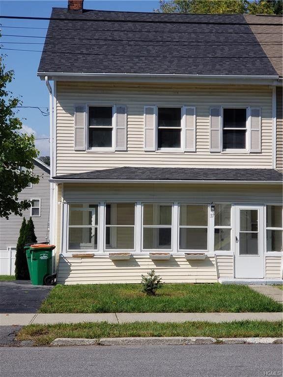 37 Clapp Ave, Wappingers Falls, NY 12590