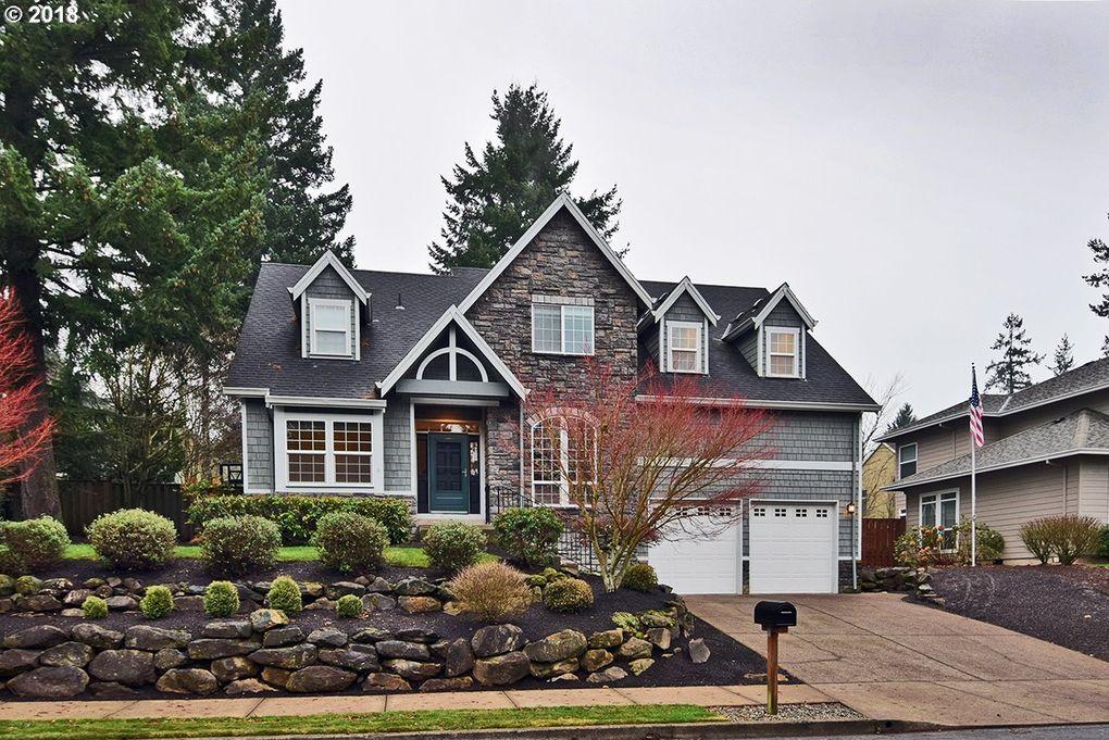 16288 Barlow Dr, Oregon City, OR 97045