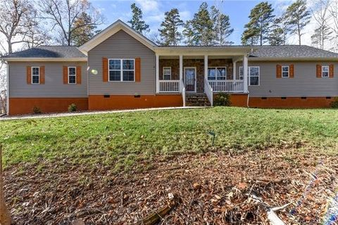 Photo of 7122 Spring River Ln Unit 16, Concord, NC 28025