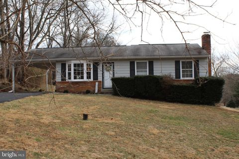 Photo of 11239 Browningsville Rd, Ijamsville, MD 21754