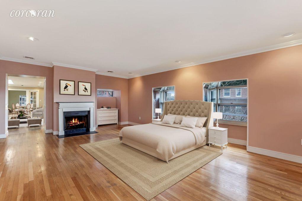 3 Pierrepont Pl Apt Top, New York City, NY 11201