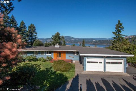 2590 Riverview Dr, Hood River, OR 97031