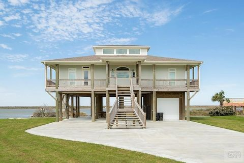 Photo of 1805 Laguna Harbor Estate Blvd, Port Bolivar, TX 77650