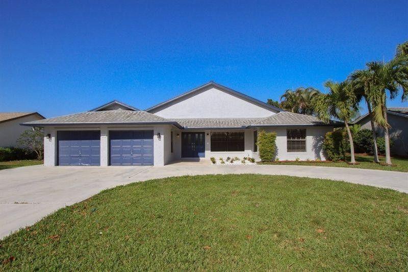 147 Heron Pkwy, Royal Palm Beach, FL 33411