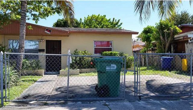 19121 Nw 36th Ave Miami Gardens Fl 33056 Home For Sale