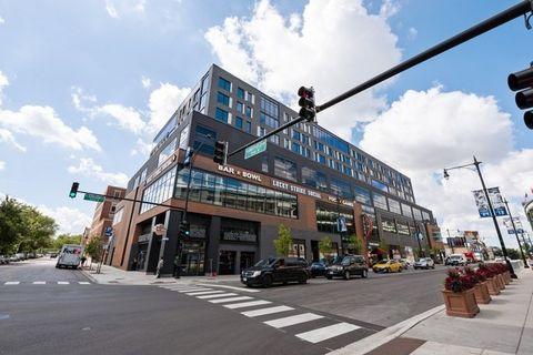 Photo of 1025 W Addison St Apt 611, Chicago, IL 60613