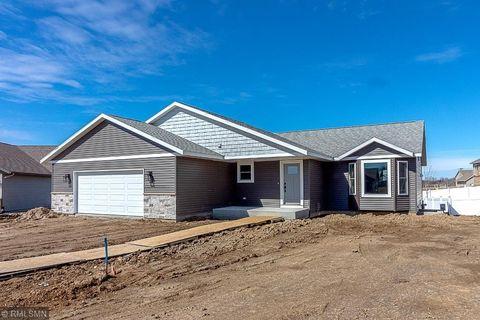 Photo of 104 Oak Ct, Eagle Lake, MN 56024