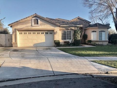 Photo of 5780 E Truman Ave, Fresno, CA 93727