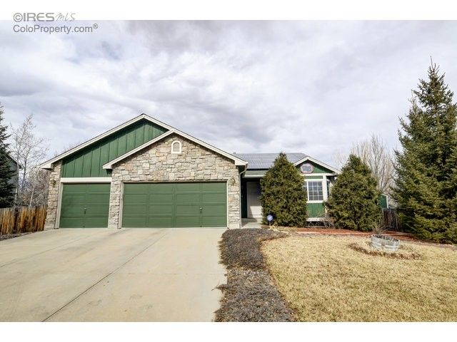 376 Maplewood Dr Erie, CO 80516