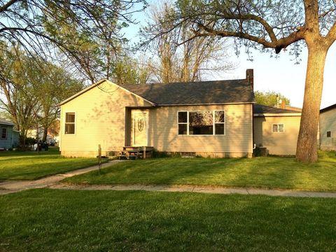 302 Prospect St, Milroy, MN 56263