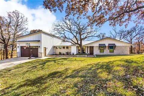 Photo of 3018 Maynard Rd, Hickory Creek, TX 75065