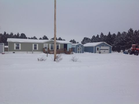 Photo of 12581 3rd St Nw, Grassy Butte, ND 58634