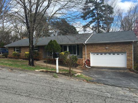 Photo of 6211 Pine Marr Dr, Hixson, TN 37343