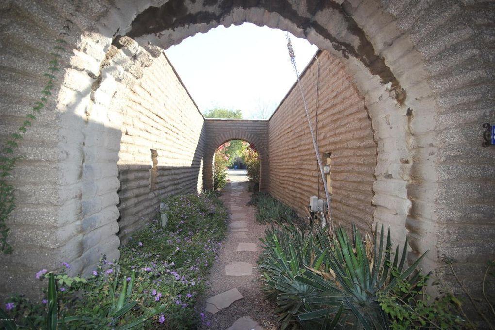 5092 E Fort Lowell Rd, Tucson, AZ 85712