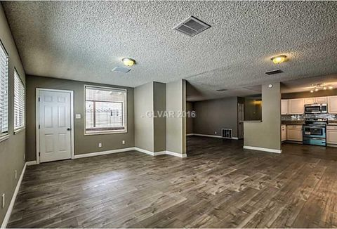 205 Shadow Ln, Las Vegas, NV 89106