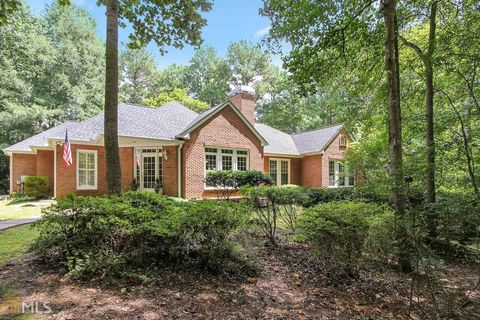 40 Valley Ln Newnan GA 30263