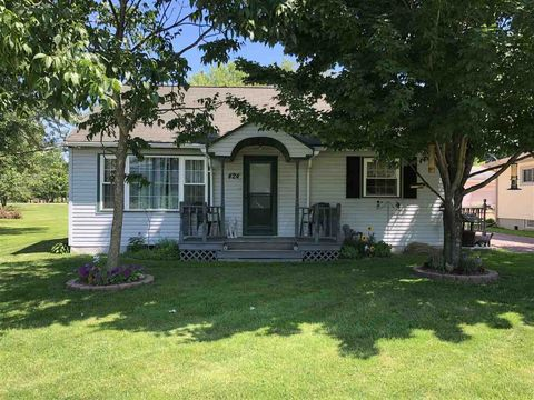 Photo of 424 Main St, Junction City, WI 54443
