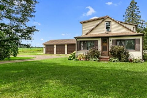 Photo of 346 2nd Ave Sw, Milltown, WI 54858