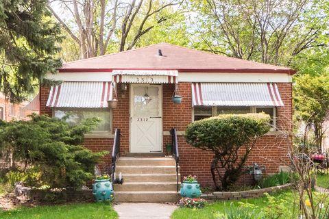 Photo of 2312 Greenwood St, Evanston, IL 60201