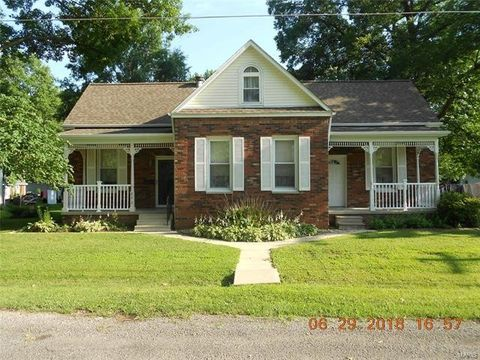 842 N 6th St Breese Il 62230 House For