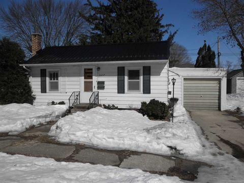 Photo of 627 Poplar St, Osage, IA 50461